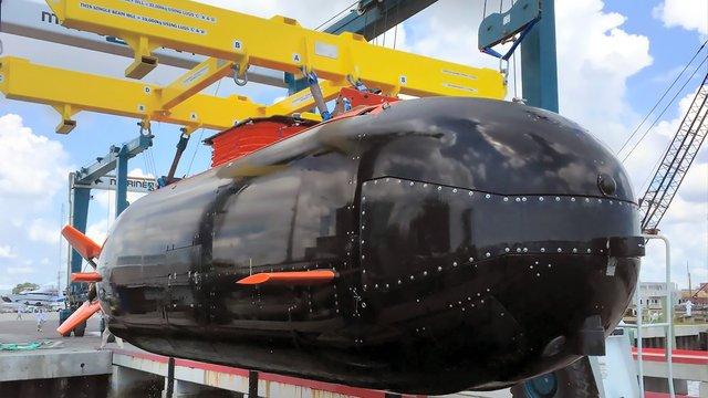 Dry Combat Submersible (DCS) Transporter Assessment Event